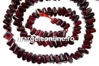 Red garnet, flat oblique square, 5-5.5mm